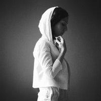 Aida Shahghasemi - 'Az Sarma Kabood'