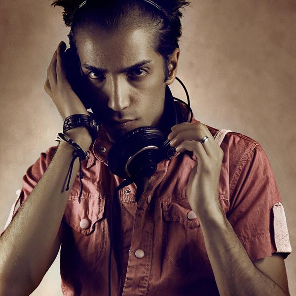 Mohammad Bibak - 'Electro Love (Ft Arash Navaie)'