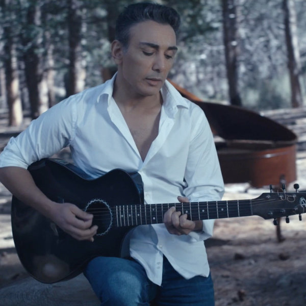 Shadmehr Aghili - Rooze Sard (Unplugged)