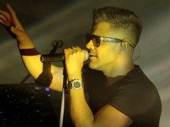 Sirvan Khosravi - 'Bonbast (Live)'