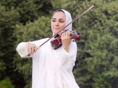 Niloofar Mohebbi - 'Nili'