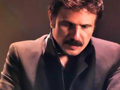 Bijan Mortazavi - 'Asheghtaram Kardi'