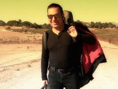 Kouros - 'Be Gamoonam Khoda Irooni Basheh (Behind The Scenes)'