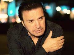 Farhad Besharati - 'Esme Mano Zemzemeh Kon'