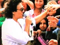 Andy - 'Khoshkela Bayad Beraghsand (Live In Los Angeles 13 Bedar)'